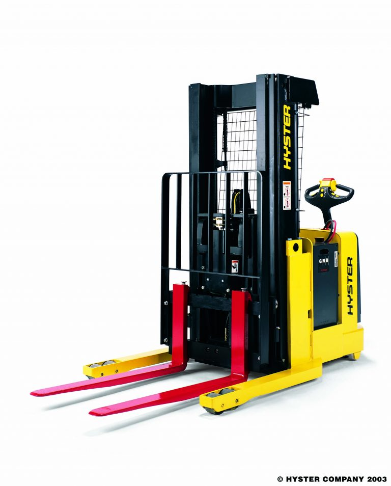 HYSTER Pallet Stackers - Front right with forks tilted